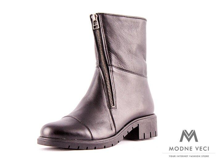 902761fc3522 Čierne kožené topánky na zimu so zipsom