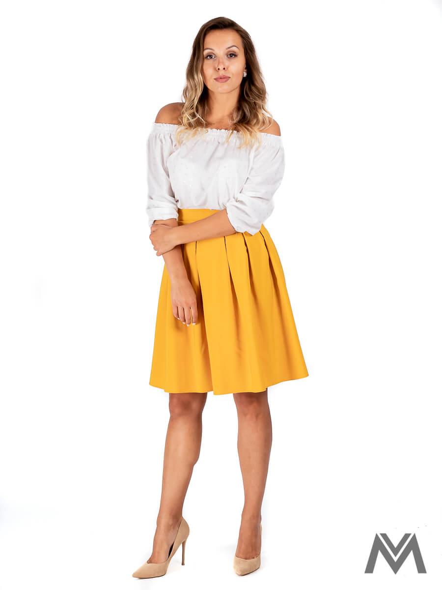 cf1ec388b5794 Skladaná dámska sukňa v horčicovej farbe