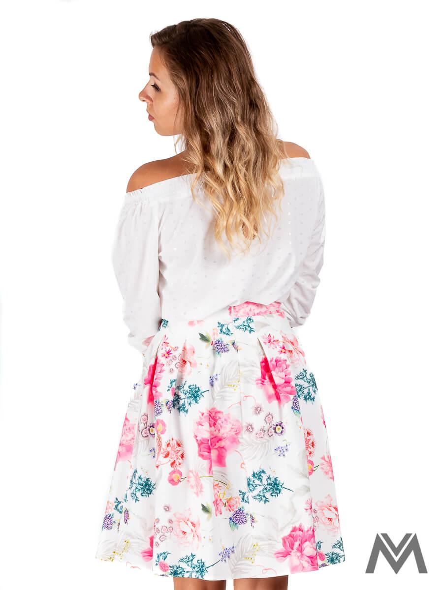 8693f73c2849 Skladaná dámska sukňa biela s kvetinami
