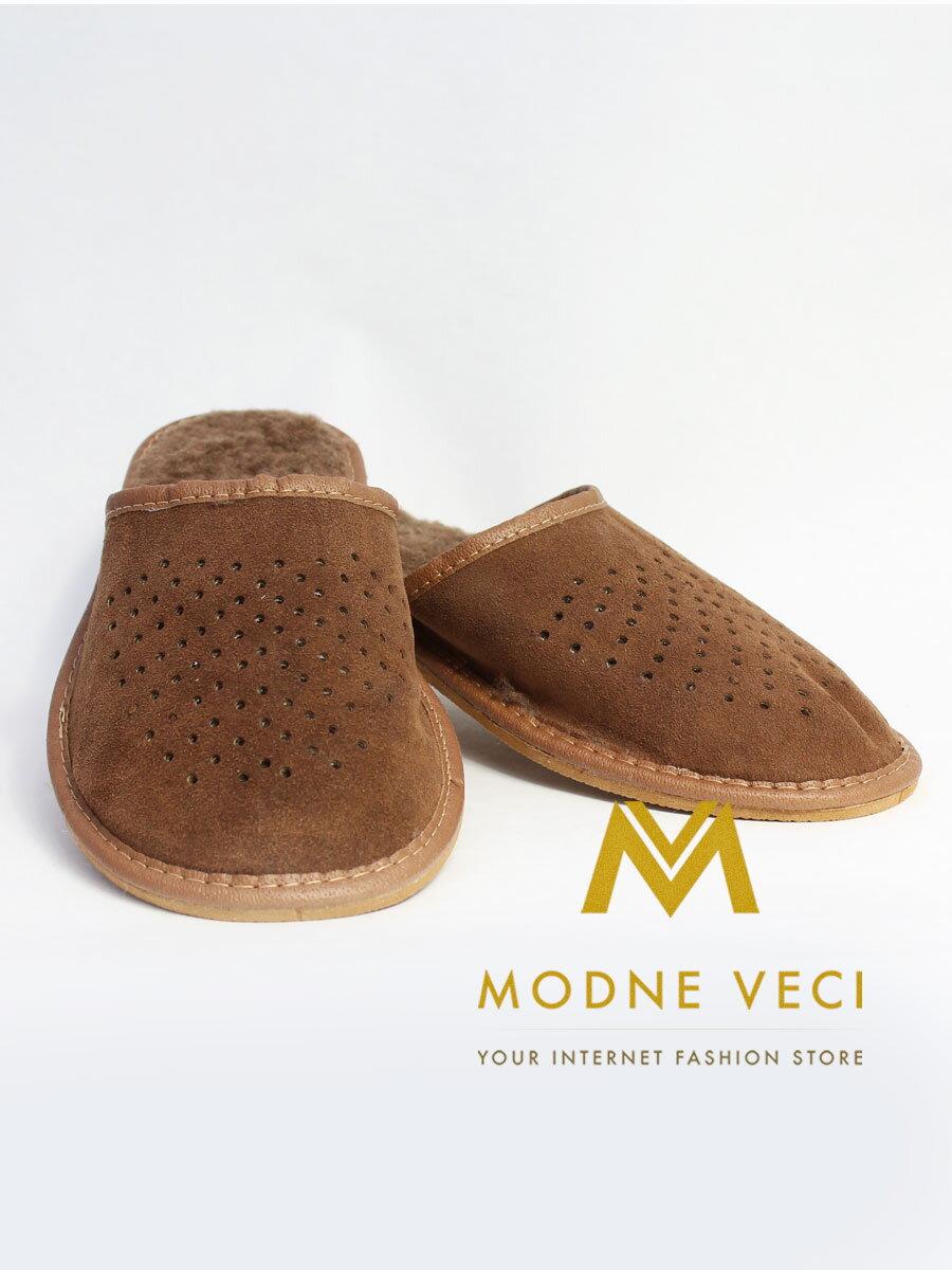 07b948109d35d Pánske kožené papuče Model J 0002   ModneVeci.sk
