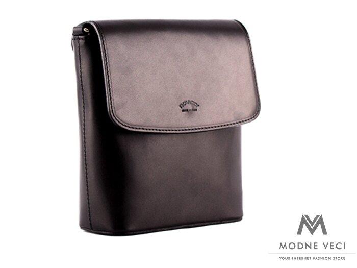 Fenomenálna kabelka vo výraznej čiernej farbe, ktorá padne do očí každej žene. Vyrobená je z pravej kože, ktorá zaručí dlhotrvajúcu životnosť.