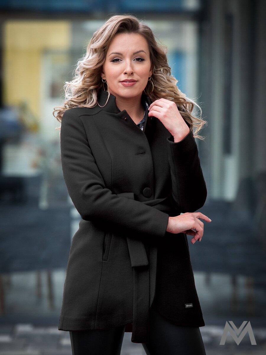 Elegantný dámsky kabát IGA čierny  8f569ca585d