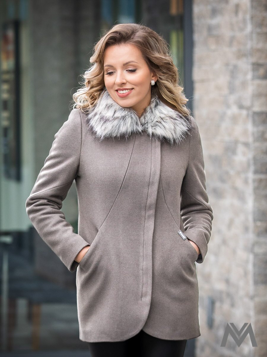 Dámsky elegantný kabát s kožušinkou DEYSI- sivý ... a687ee96b85
