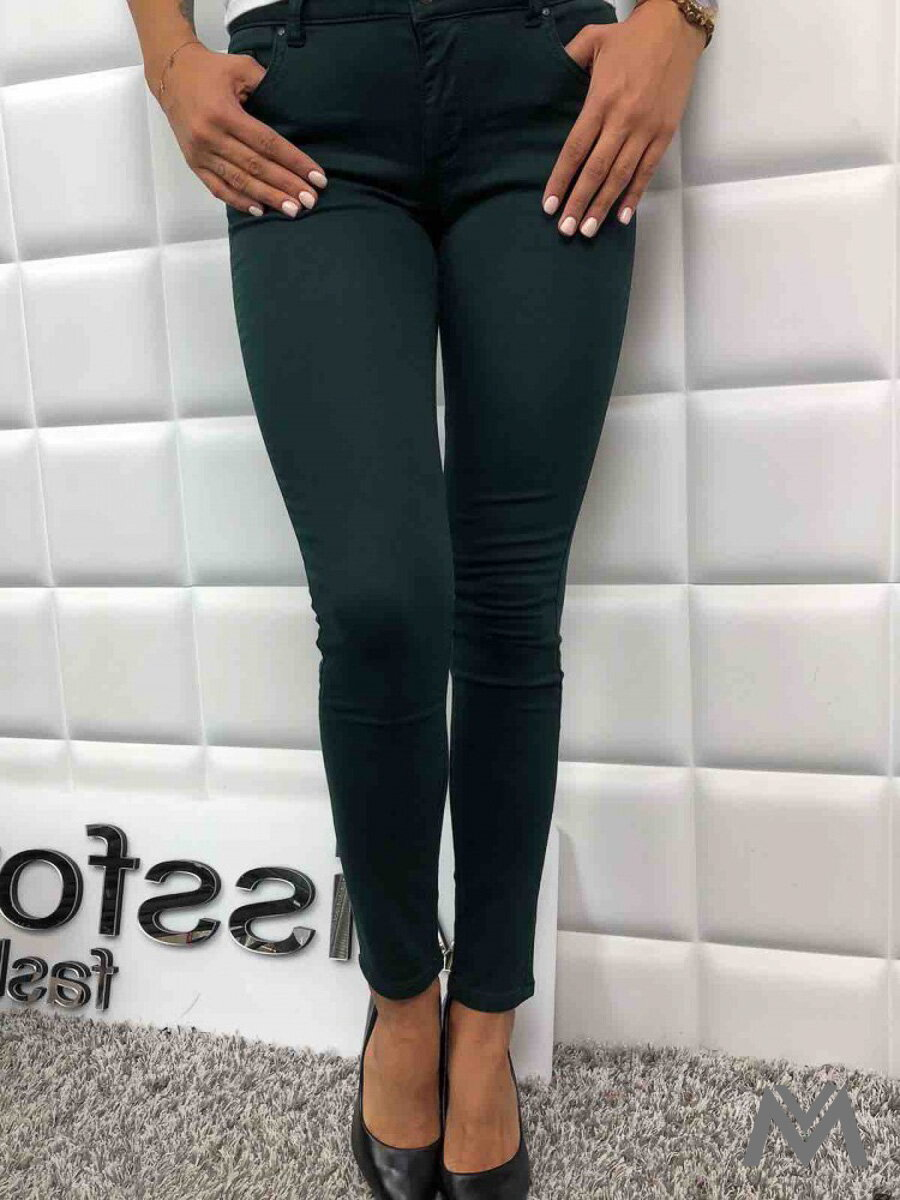 7c5a4655207d Dámske SLIM jeans zelené L750-33