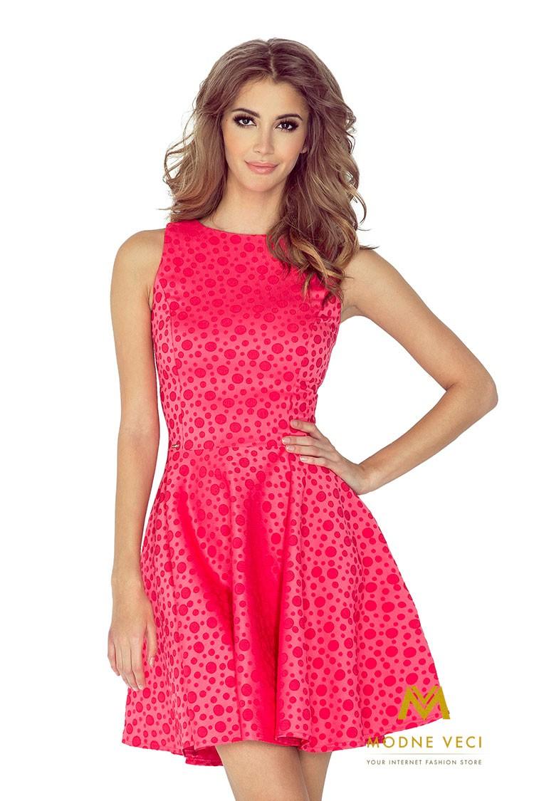 Slávnostné elegantné šaty v áčkovom strihu 125-13 malinové 7971be323cb