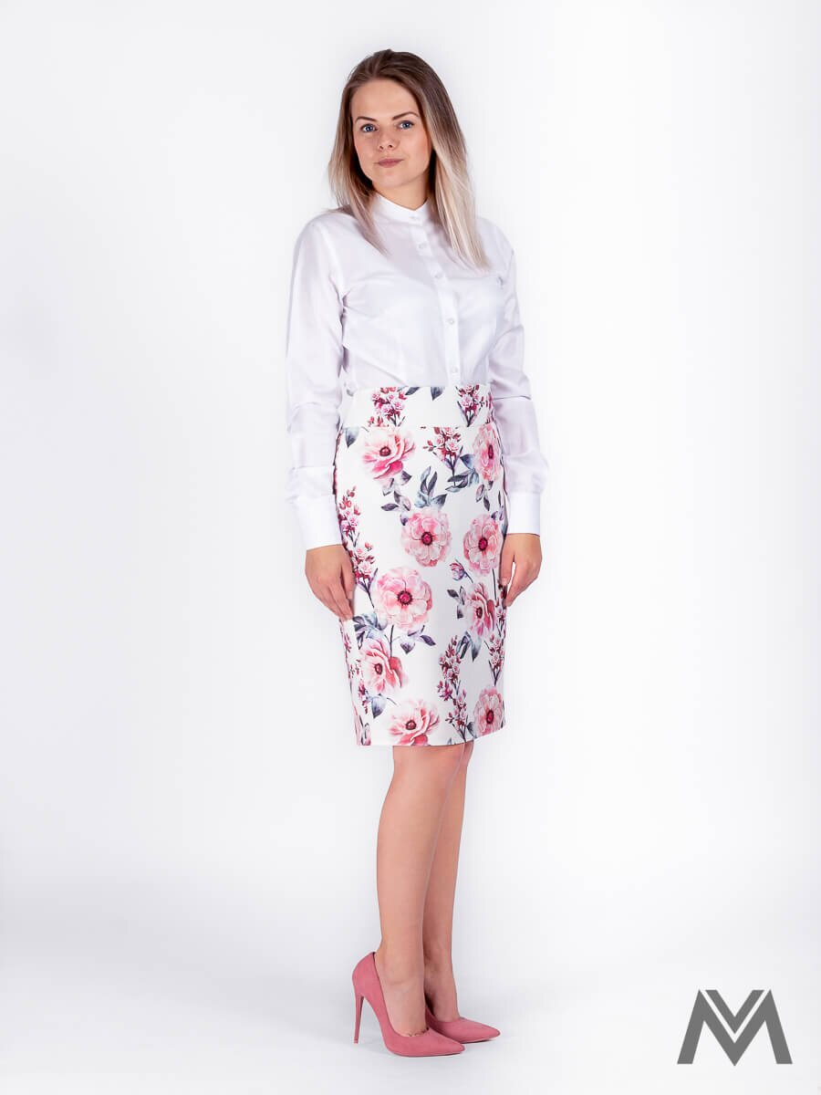 b5004a589d9b Dámska puzdrová sukňa v bielej farbe s kvetinovým vzorom ...