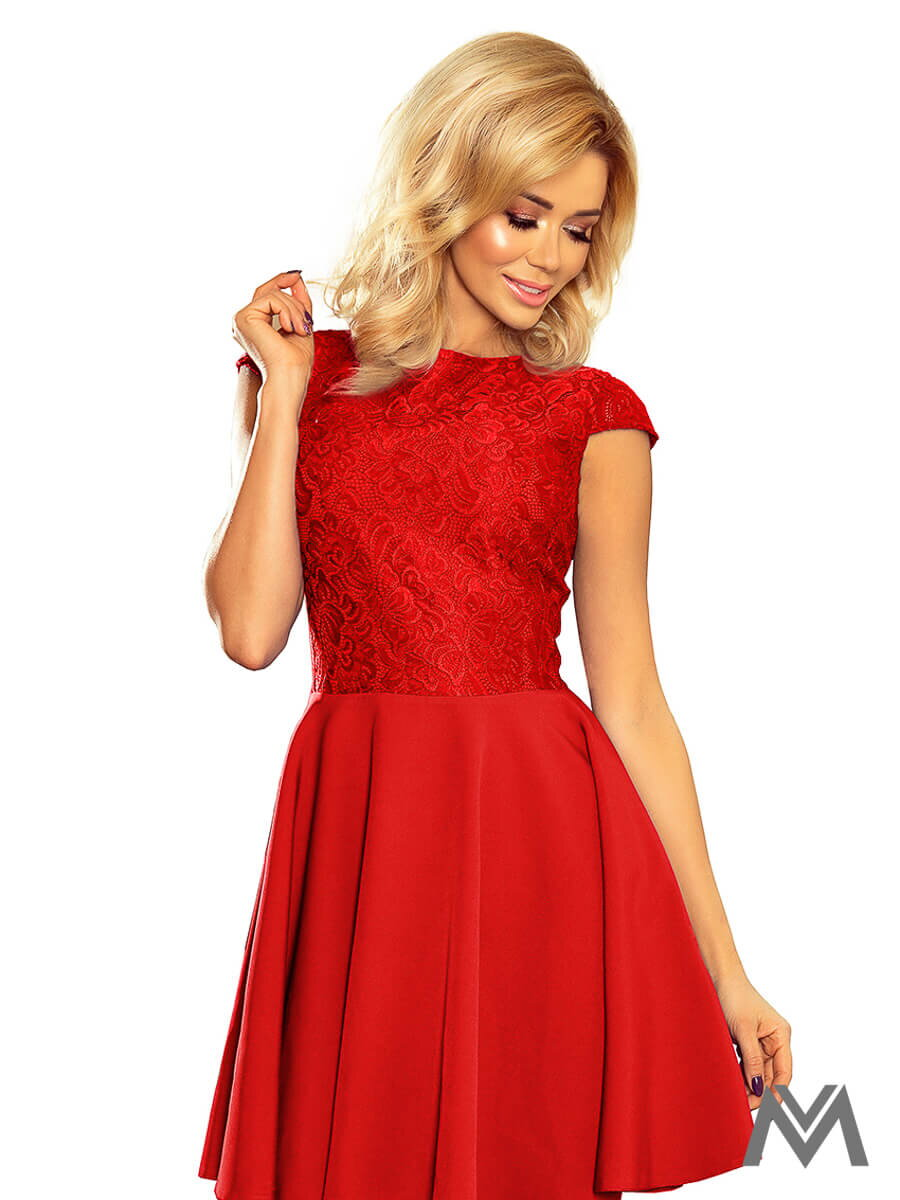 db933bdb4a1d Krásne dámske šaty 157-8 červené s čipkou ...