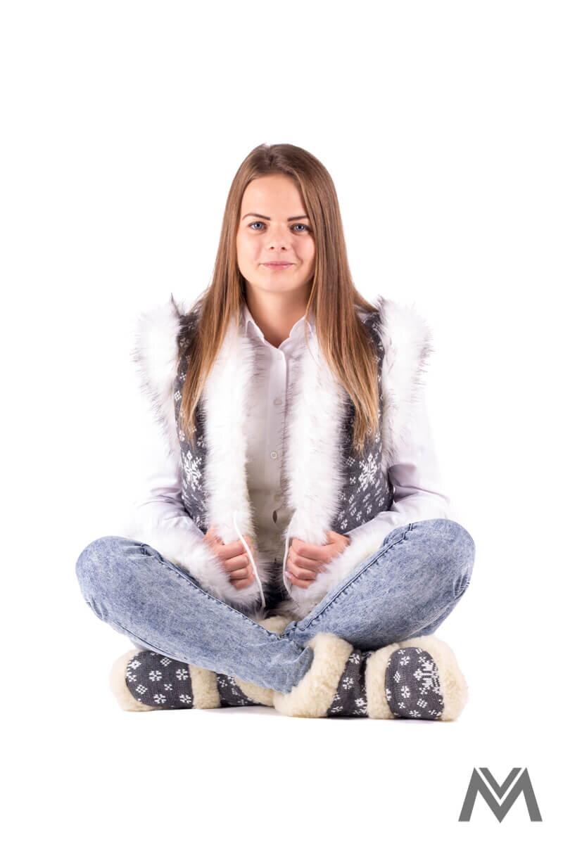 Krásna dámska vesta z ovčej vlny - 01 sivá vzor 56835c7bbc0