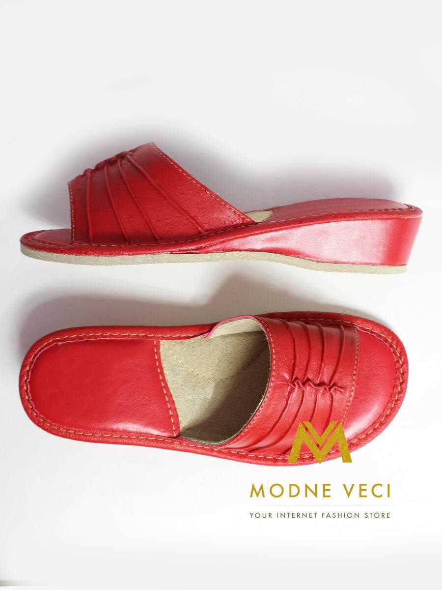 80e23d922673 Papuče dámske kožené -model 9 červené opätok ...