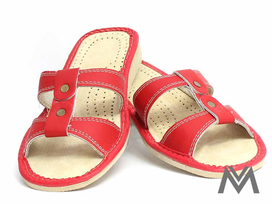505d15b925db Dámske kožené papuče model 5 červené pracka