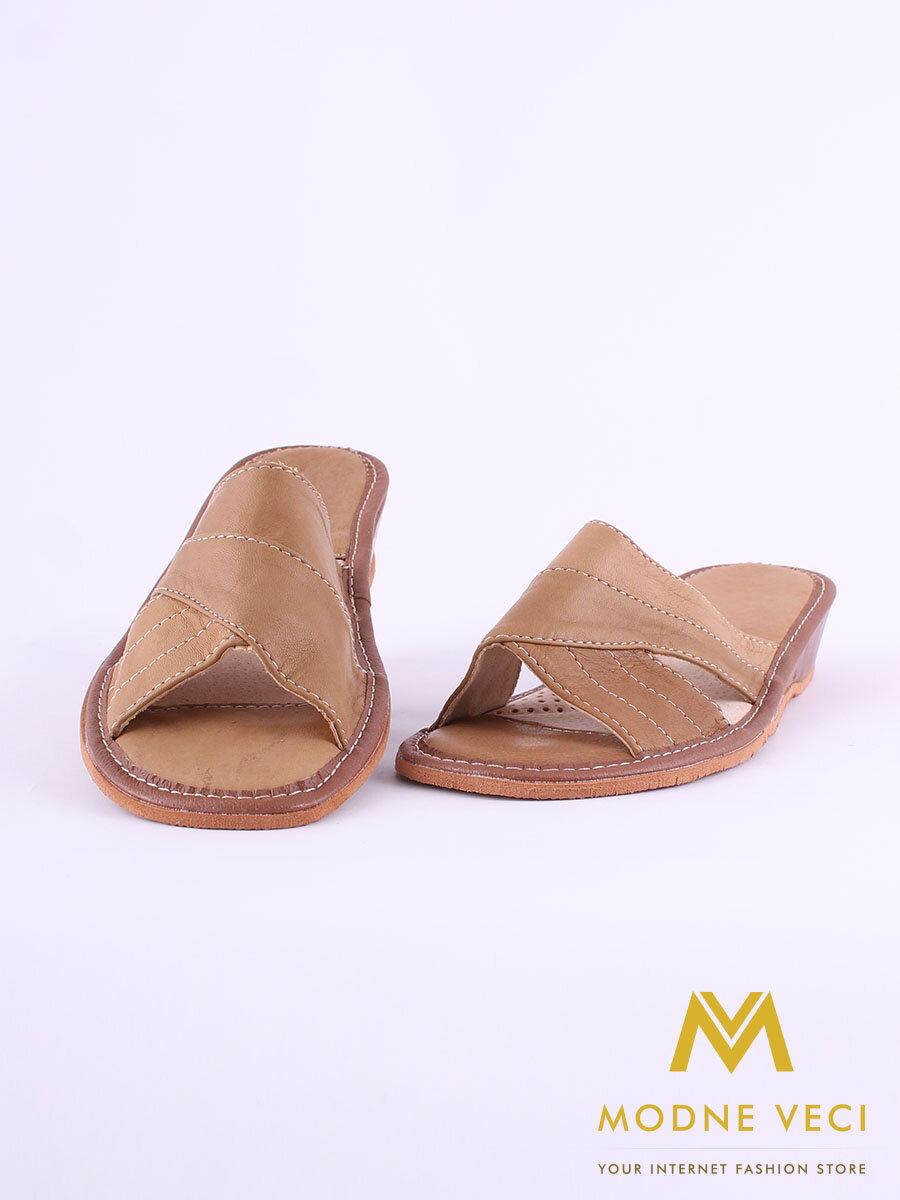 c38514ca3901 Dámske kožené papuče model 44 hnedé na opätku ...