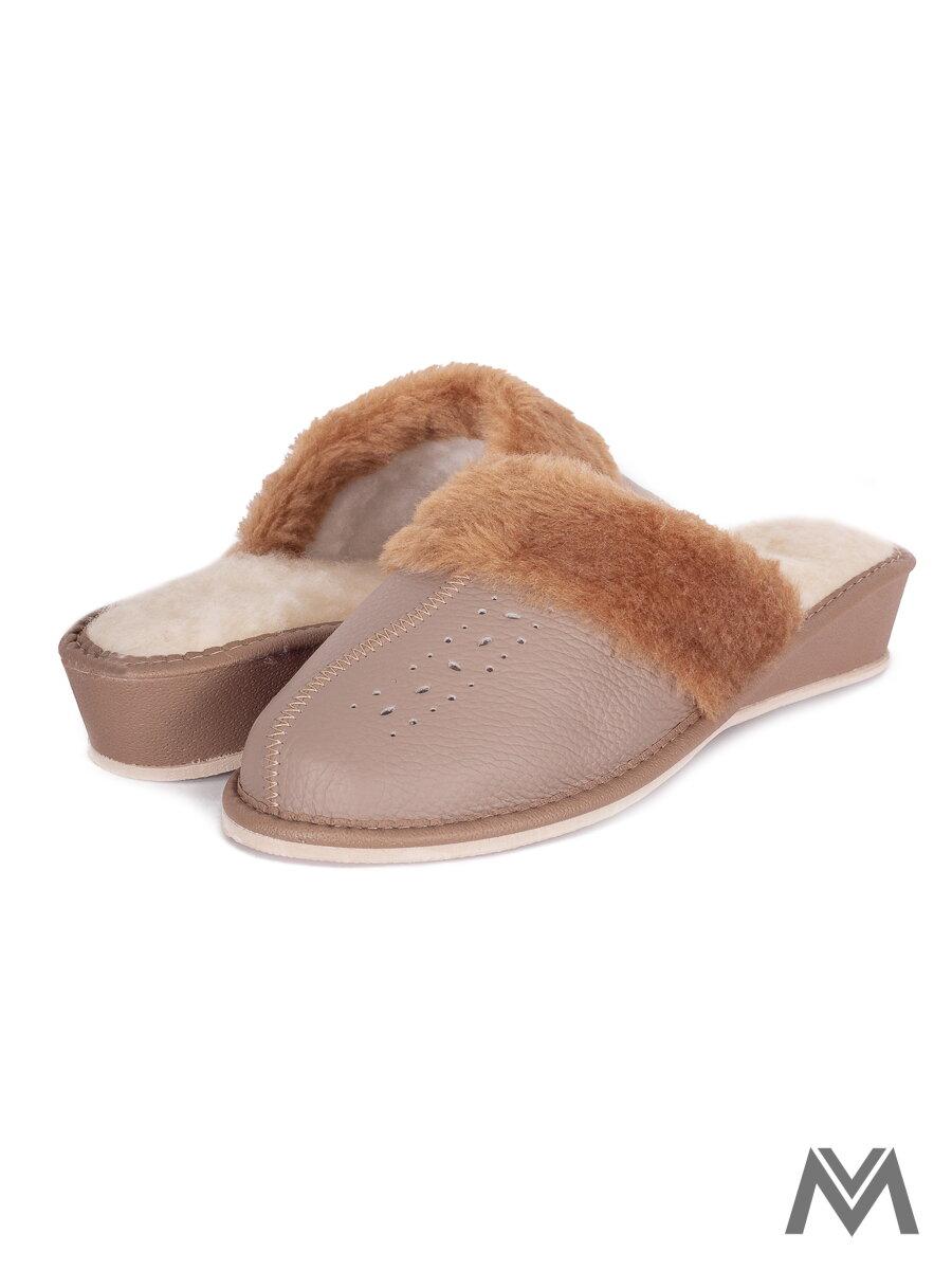 149ea11f0243e Dámske kožené papuče model 38 sivé prešívané opätok   ModneVeci.sk