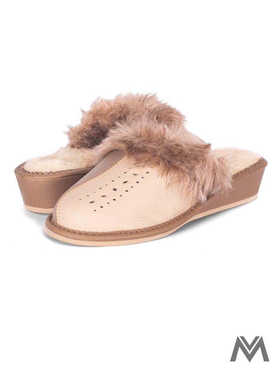 bc6dc31c33372 Dámske kožené papuče model 40 sivé s krémovou prešívané opätok ...