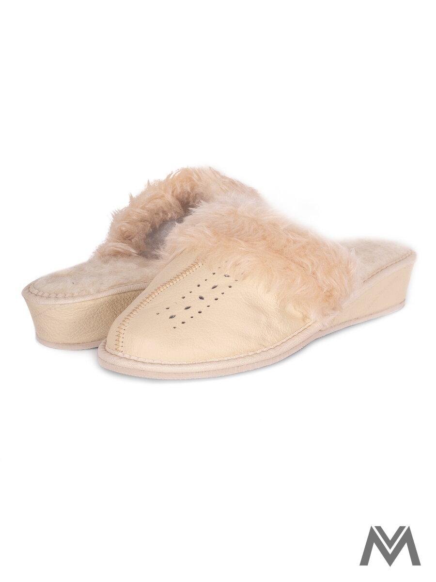 eb17a04325 Dámske kožené papuče model 39 krémové prešívané opätok