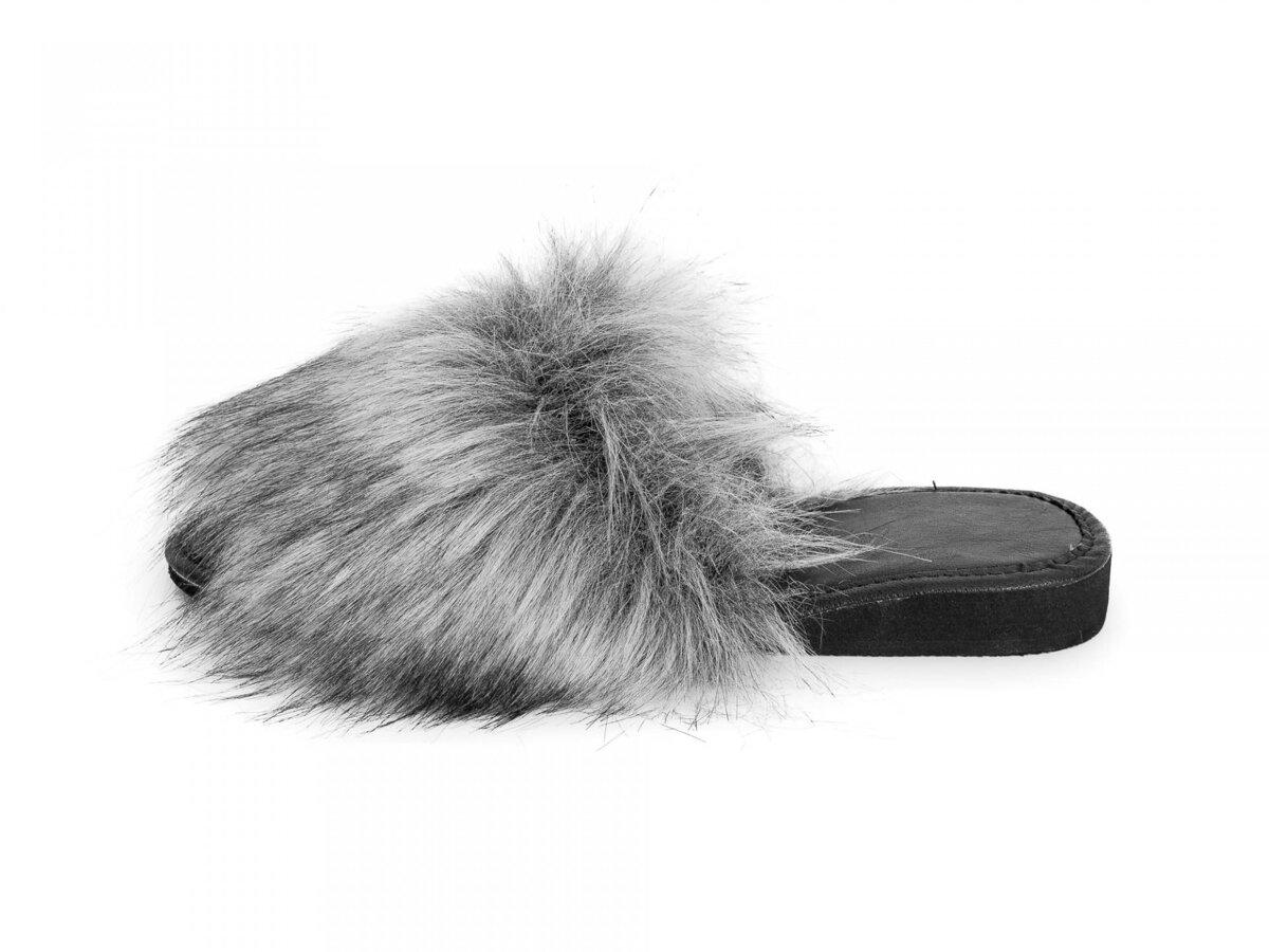 473acf072a Huňaté sivé Model 51 dámske papuče s kožušinkou