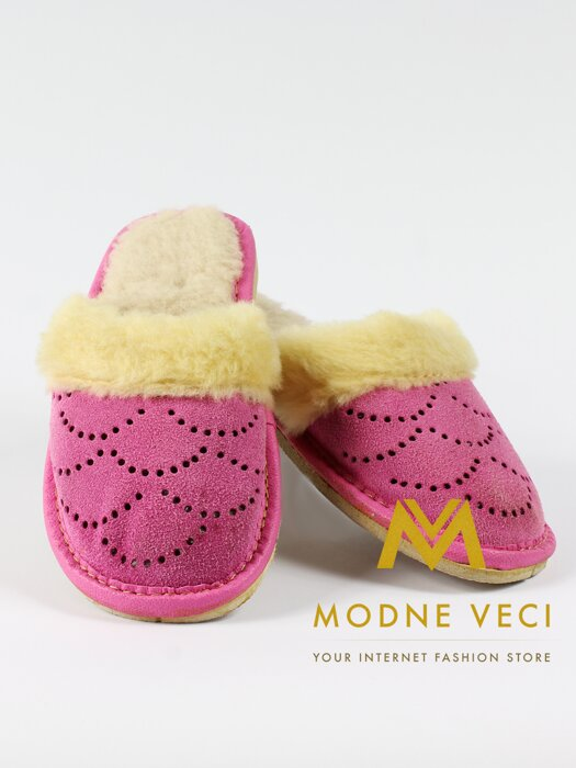 58436f394387 Detské papučky ružové s umelou kožušinkou 02 veľ 27-34