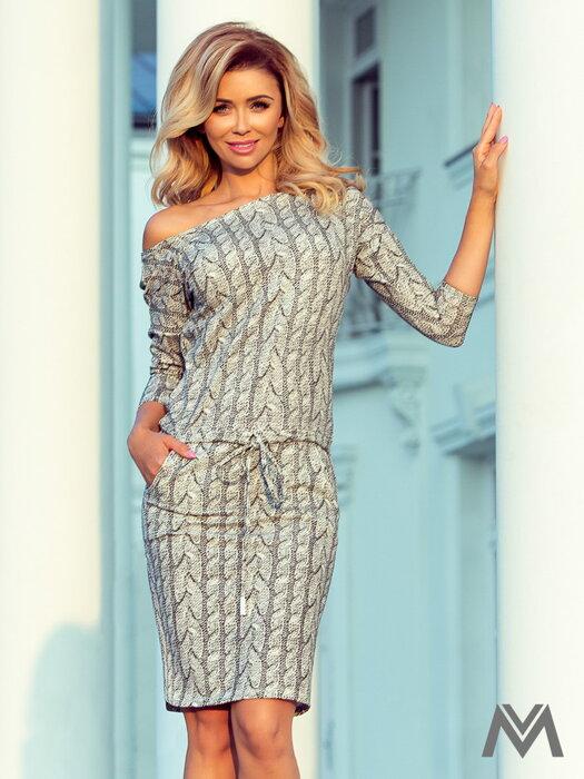9d05fa8eb5f0 Športovo-elegantné šaty s lodičkovým výstrihom 13-88 vzor pleteniny