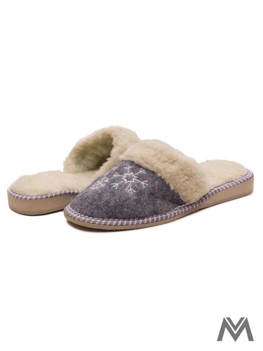 696b7c420e Dámske papuče model 22 vločka filcová